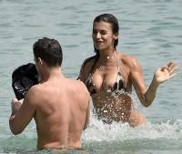 Elisabetta Canalis bikini nip slip