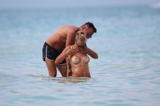 Laura Cremaschi topless