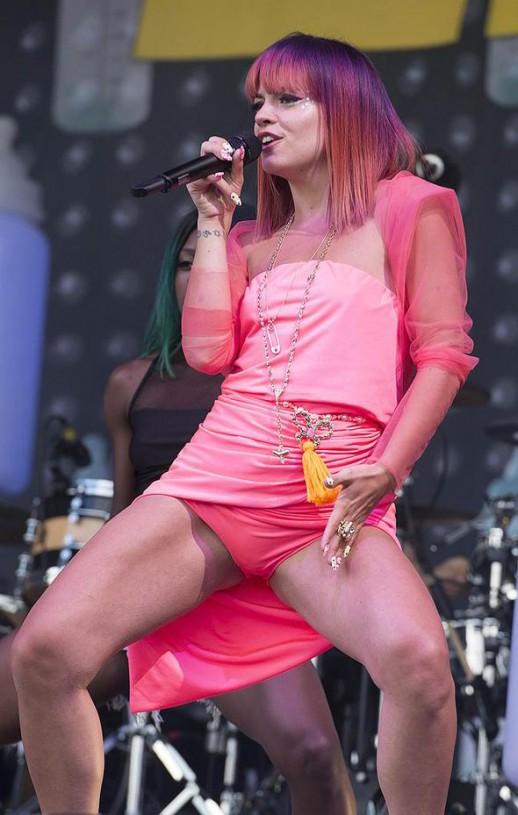 Lily Allen pink panties upskirt