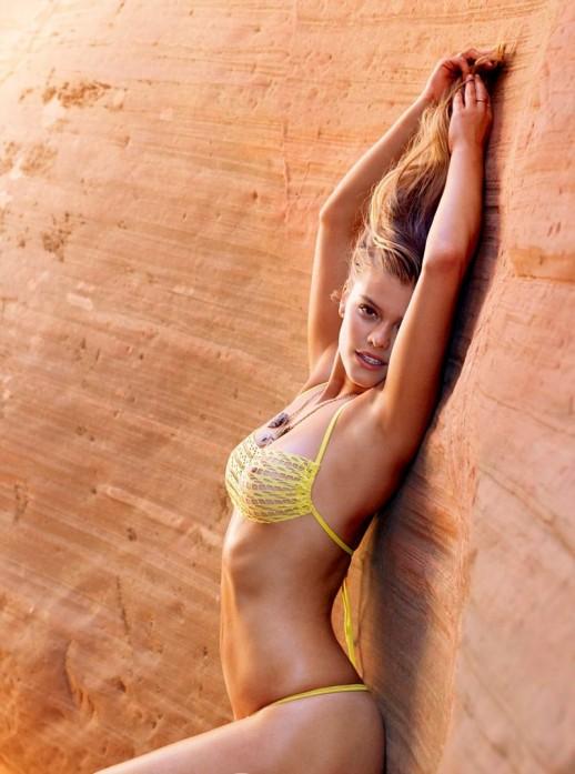 Nina Agdal nipple peek