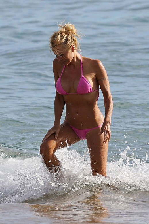 Pamela Anderson bikini see through